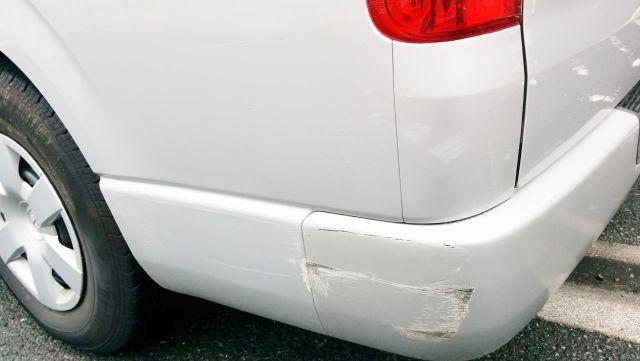 中古車は傷がついていても売れる。中古車は傷があって当然だから