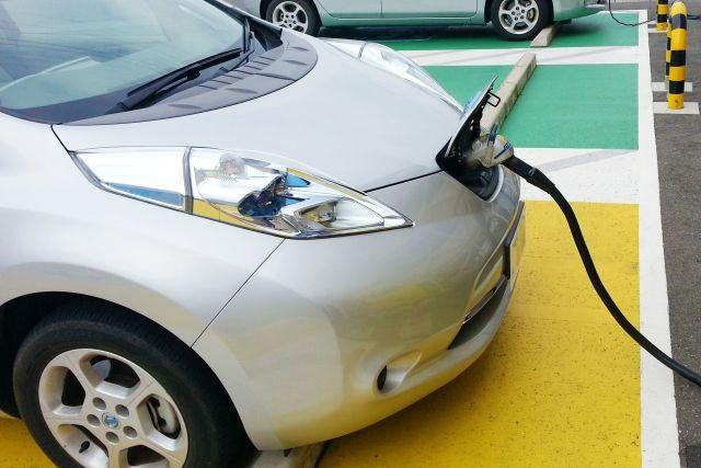 EVは全固体電池になる?