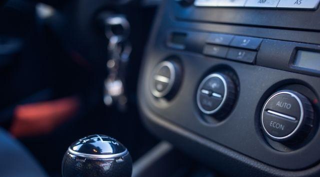 暖房 車 燃費